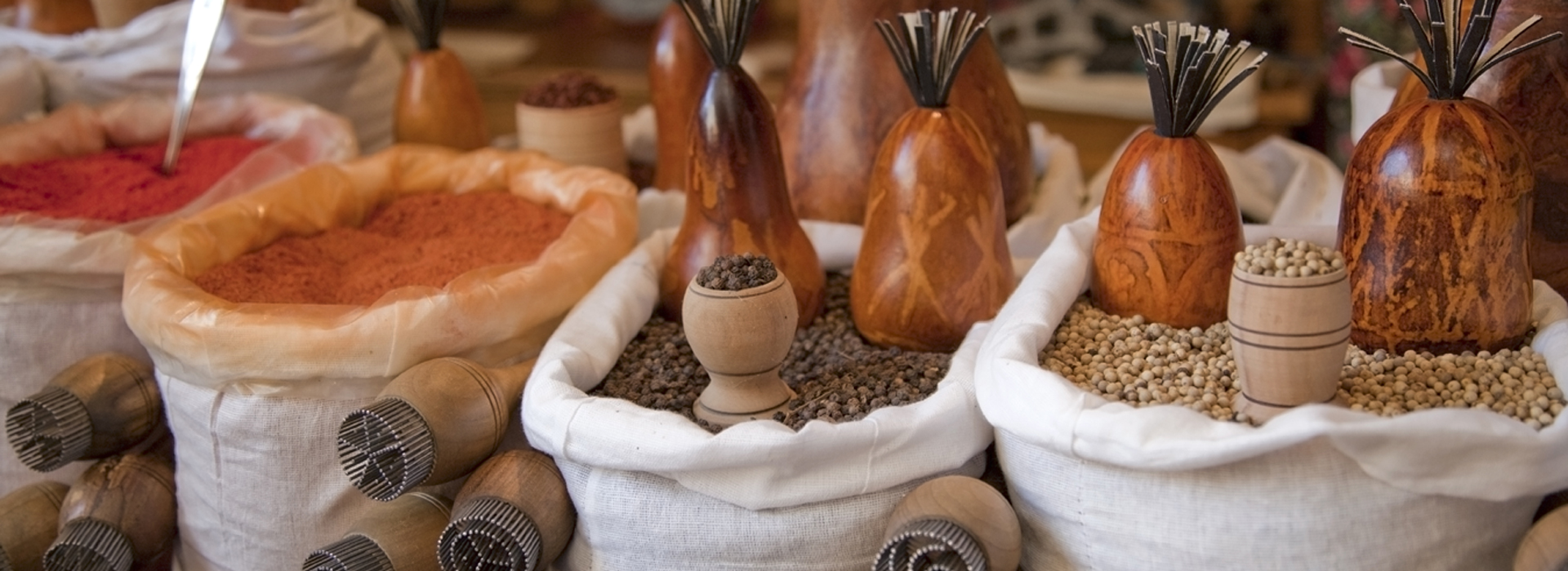 Spices-Uzbekistan-in-the-market